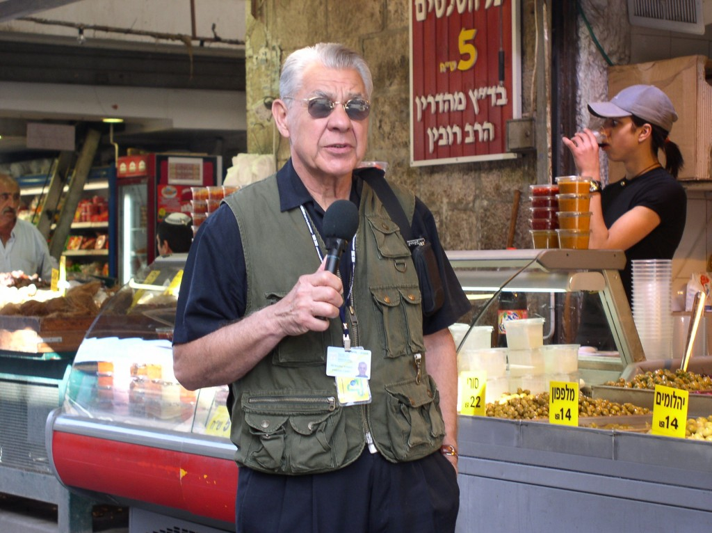 Conducting-interviews-in-the-market-place-in-Jerusalem-to-learn-about-life-from-the-man-on-the-street1-1024x766