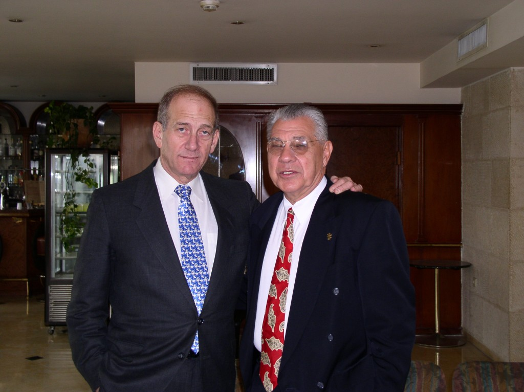 Ehud-Olmert-and-Earl-Cox-1024x766